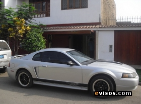Fotos de Ford Mustang 2004