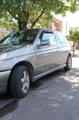 Fotos de Vendo Alfa Romeo 145 2.0 Turbo Diesel Full