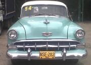 Hermoso Chevrolet 1954 Sedan