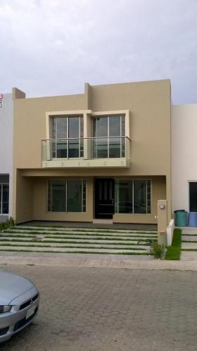 Fotos de Magnifica residencia en venta Fracc. Casa Fuerte