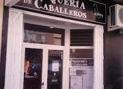 TRASPASO PELUQUERIA DE CABALLEROS EN PUERTO DE SAGUNTO EN PLENO FUNCIONAMIENTO